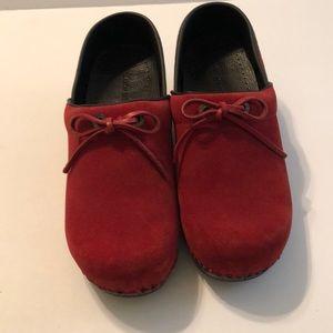(Lands End) Red clog shoes
